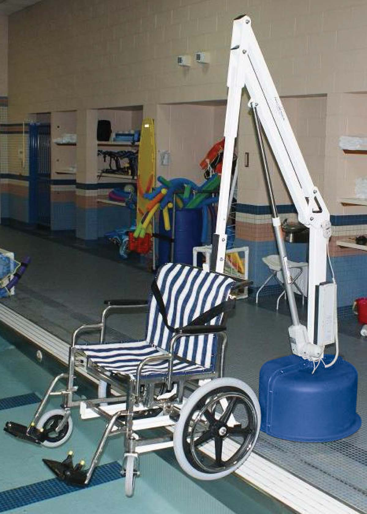 revolution pool lift with wheelchair
