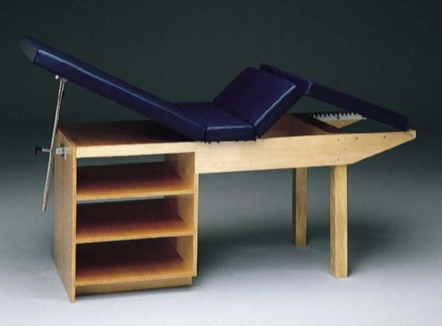 b485-exam-table.png
