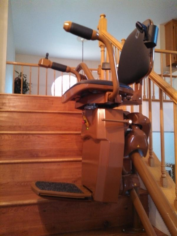 curved stair lift almost to top